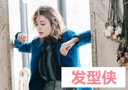 做优雅甜美女生就要梳韩式齐肩慵懒卷发 20 韩国女生点赞最高的烫发发型
